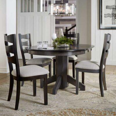Daniel's Amish > Single Pedestal Dining Table