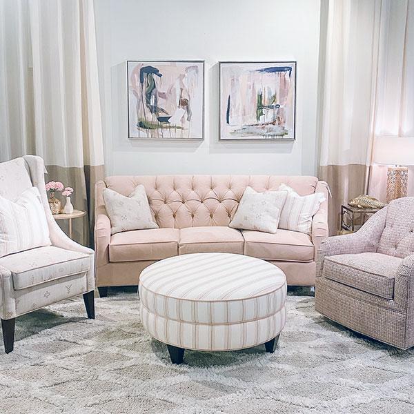 Marshfield Furniture > 39711E88 Harlow Sofa